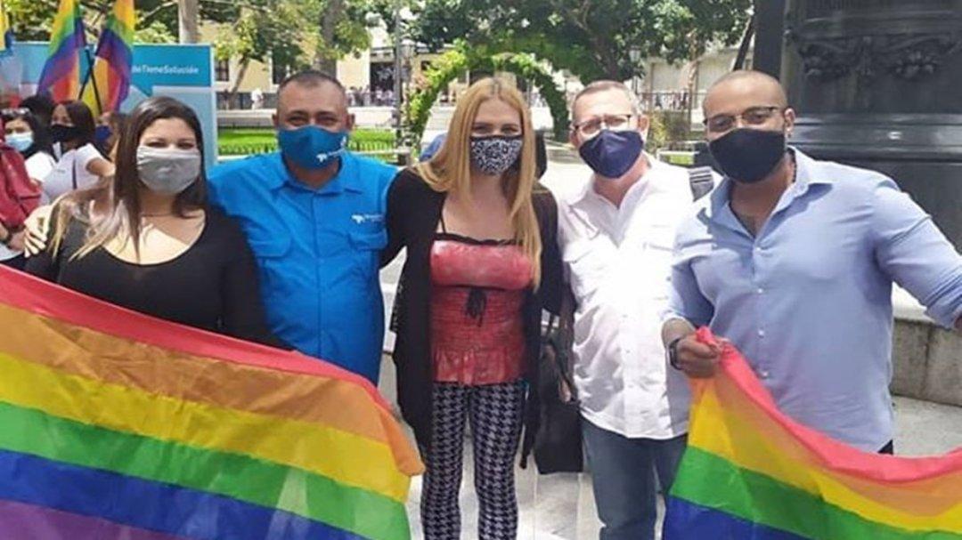 """Richelle Briceño: """"En la AN lucharemos por el respeto a los derechos de la comunidad  LGBTIQ"""" – Soluciones para Venezuela"""